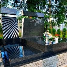 Памятники с витражом_10