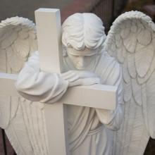 Ритуальная скульптура на могилу