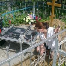 Выезд художника на кладбище